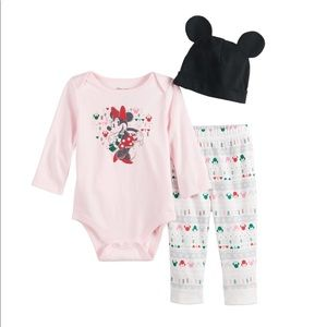New Disney's Minnie Mouse Graphic Baby Set
